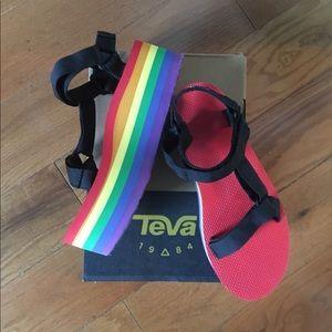 Teva special-Edition rainbow pride sandals